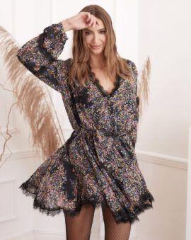 Piękna, jesienna sukienka z wiskozy i jedwabiu w kwiecisty print